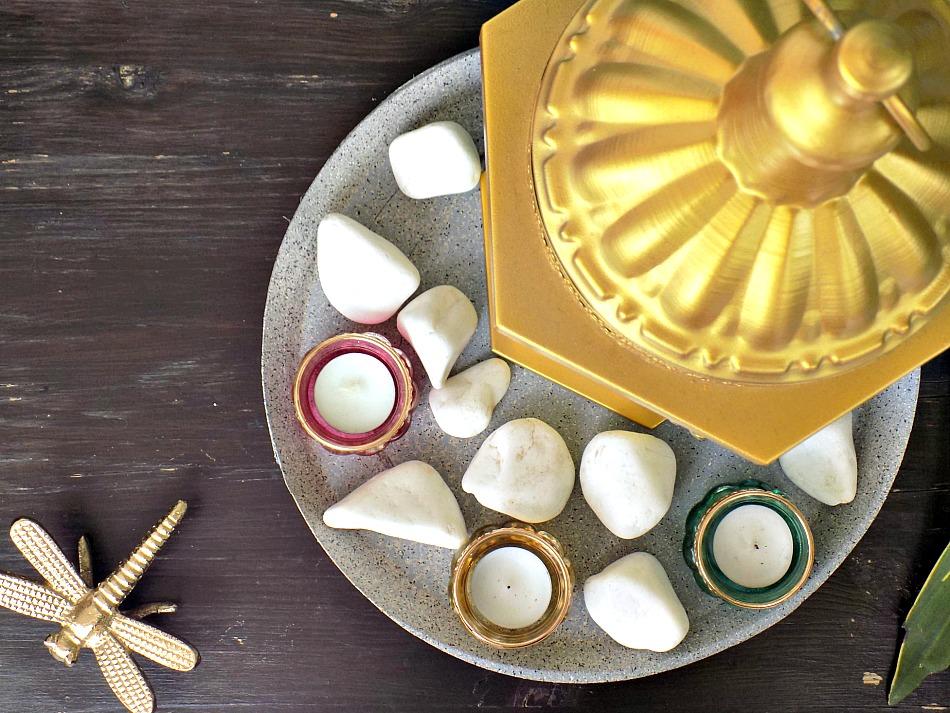 Χαλασμένος δίσκος γίνεται πέτρινος, Ikea hack, χρωματιστά κηροπήγια και χρυσό φανάρι
