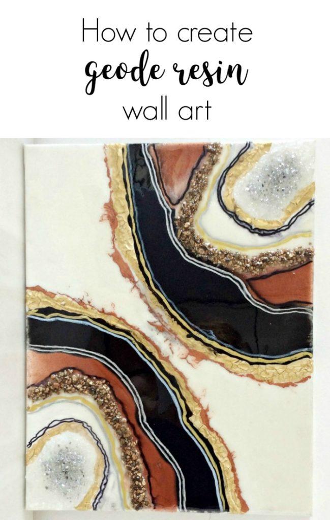 Φέτες αχάτη στον τοίχο σαν πίνακας με υγρό γυαλί χρώματα και κρύσταλλα