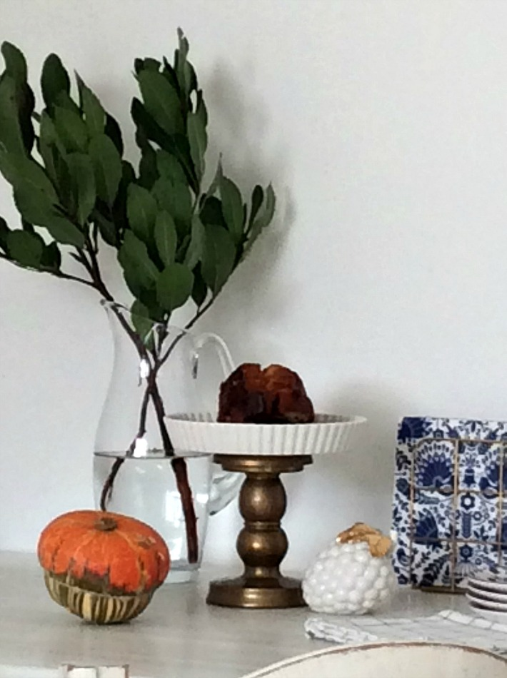 Kitchen table styling