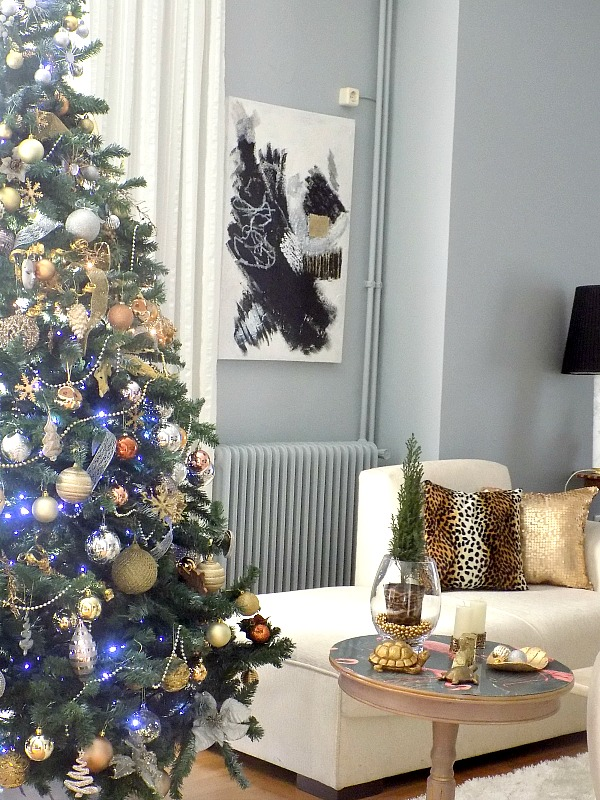 Christmas tree, leopard and gold pillow