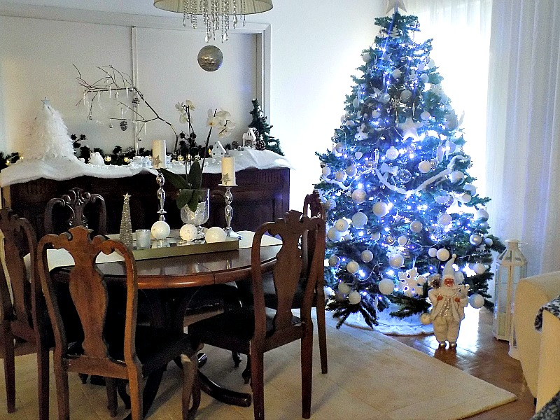 Christmas tree, dining room christmas decor
