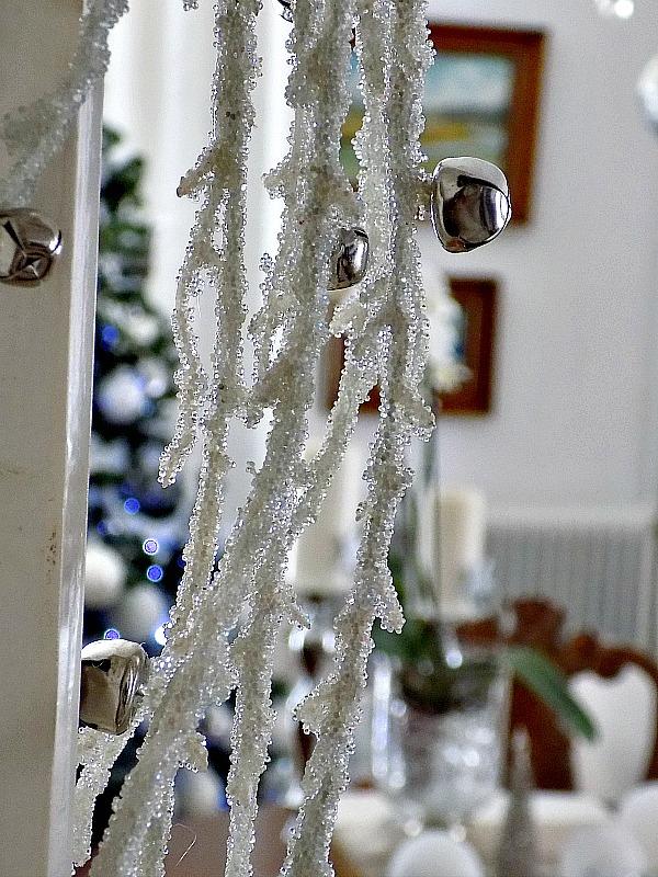 Χριστούγεννα 2015,  χιονισμένο κλαδί