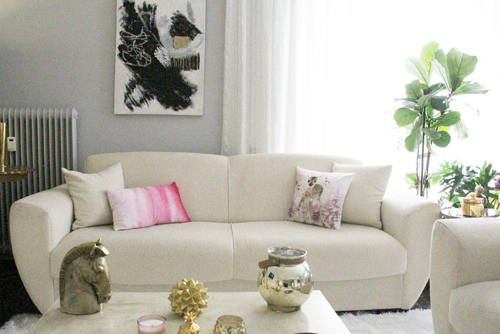 Διακοσμητικά μαξιλάρια σε τόνους του ροζ