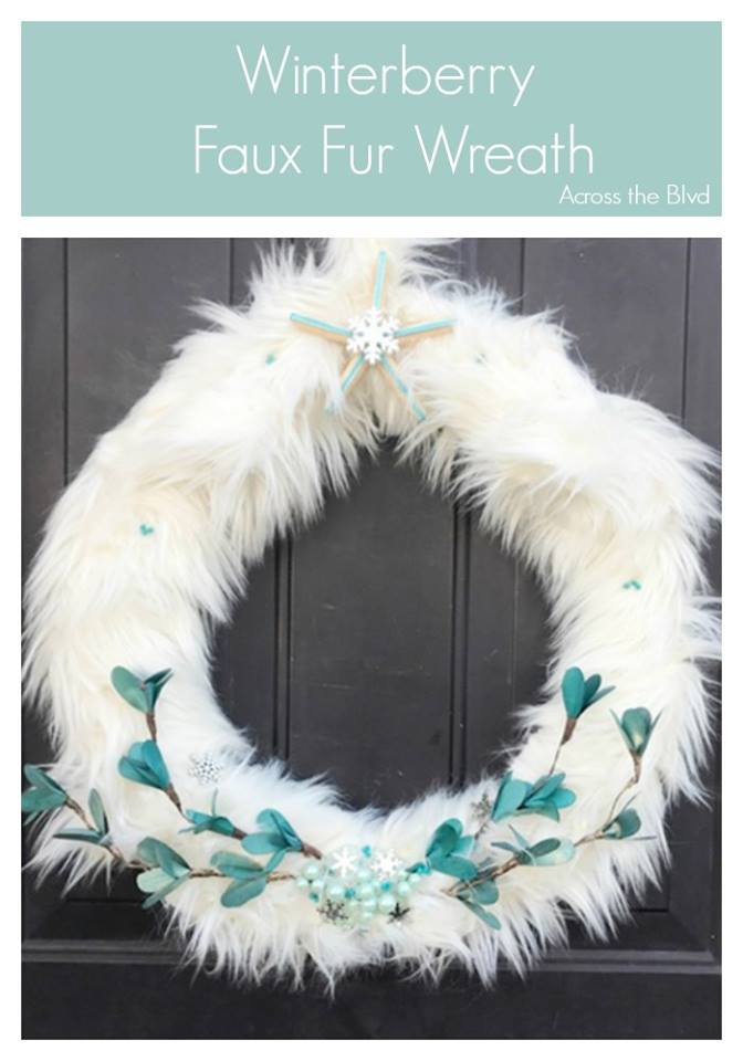 Sweet Inspiration Link Party 140, winterberry-faux-fur-wreath
