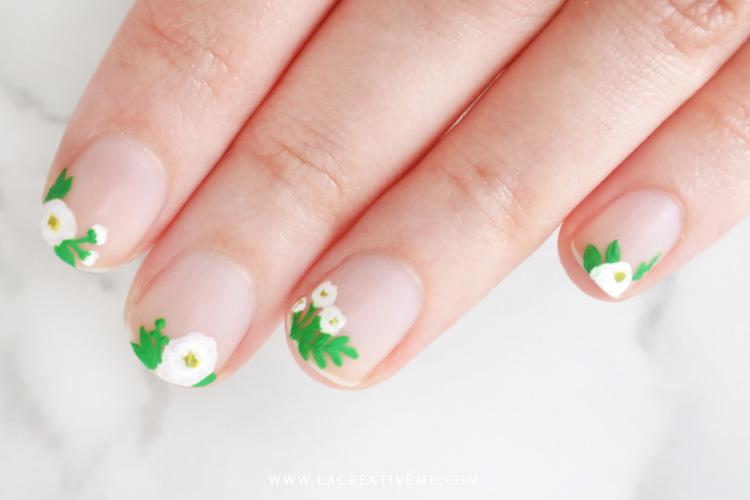 Τι διάβασα και μου άρεσε, Floral nail art