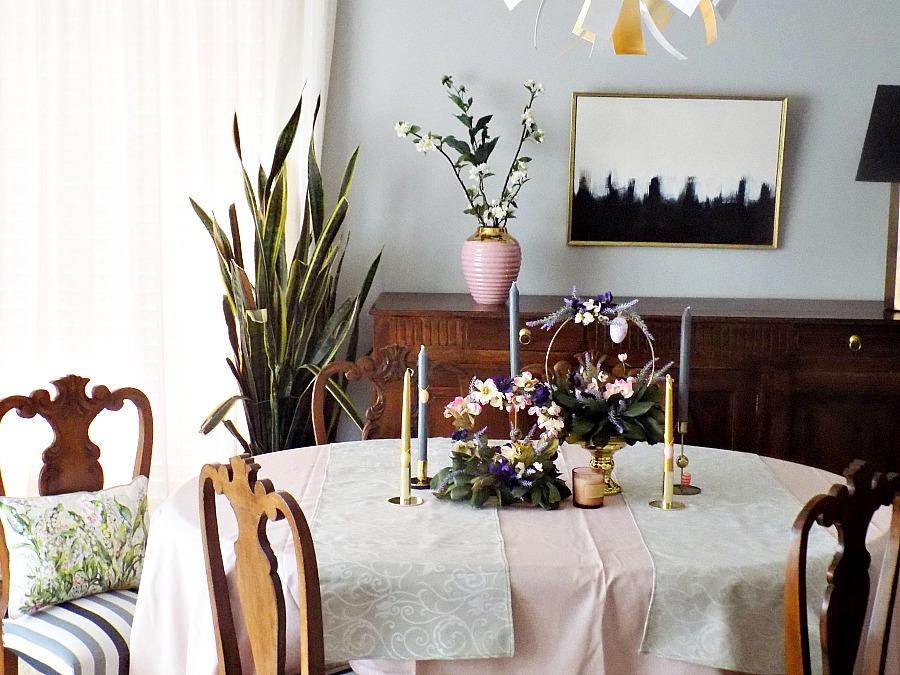 Ανοιξιάτικα στεφάνια στο πασχαλινό τραπέζι