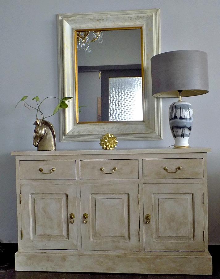 Μεταμόρφωση κορνίζας σε διακοσμητικό καθρέφτη Decorative mirror, sideboard, chalk paint Annie Sloan