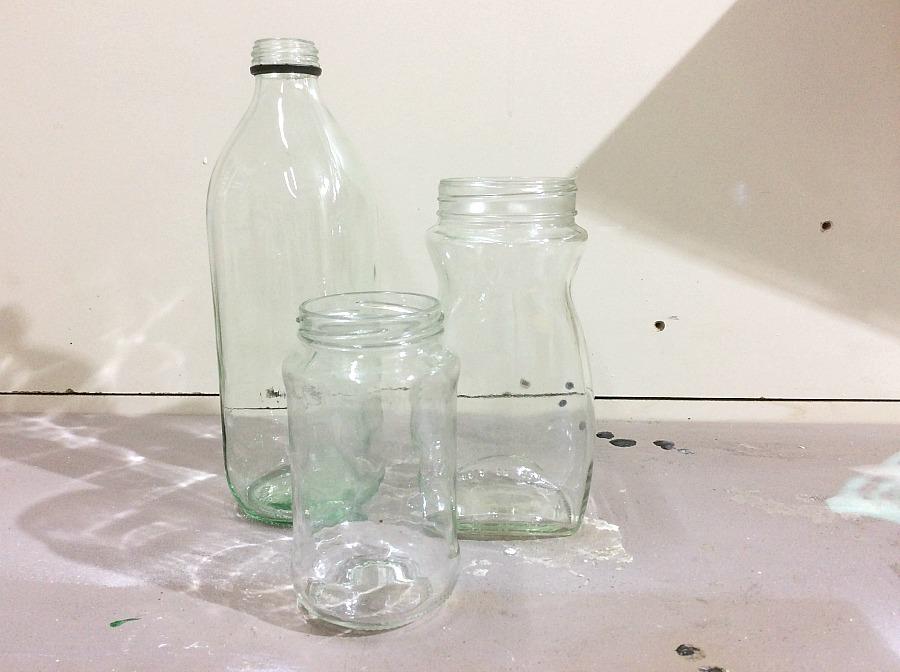 Γυάλινα βάζα και μπουκάλι