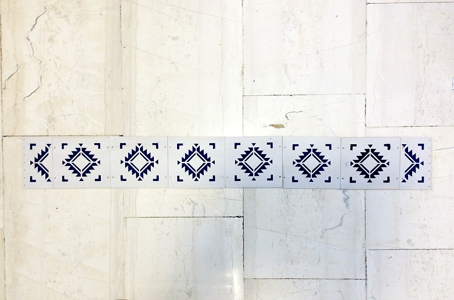Birch panels with stencil for wooden table runner