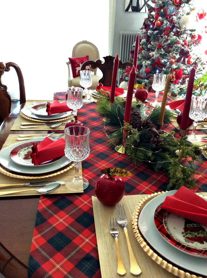 How to lay the perfect New Year's Eve table | Το γιορτινό τραπέζι της Πρωτοχρονιάς του 2019