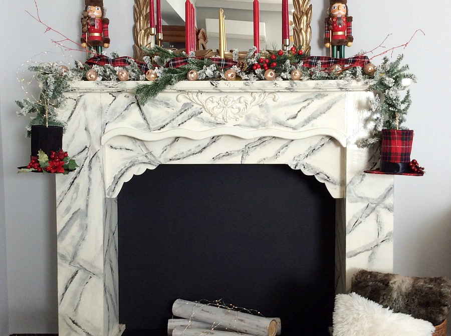 Christmas red and plaid fireplace. christmas living room decor ideas