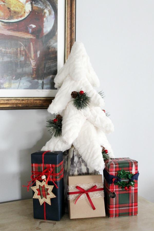 Faux fur Christmas tree, Christmas home tour 2019