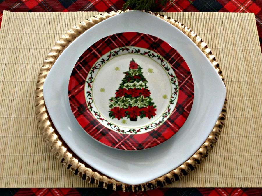 Πως να στρώσεις ένα τέλεια γιορτινό τραπέζι για την Παραμονή της Πρωτοχρονιάς