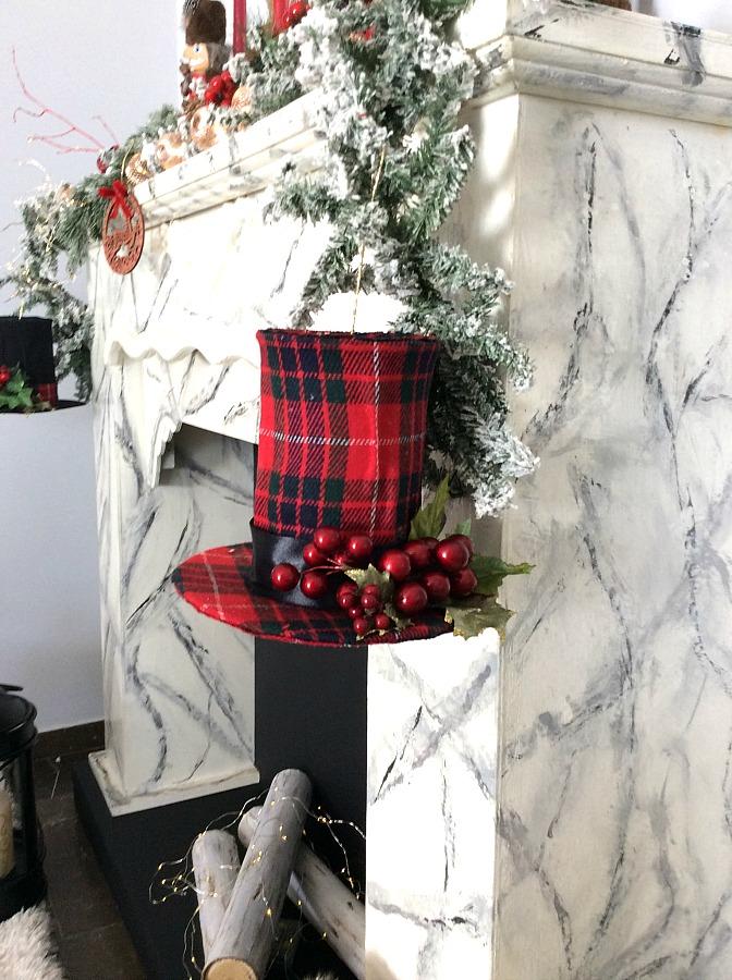 Top hats christmas ornaments diy | Ημίψηλα καπέλα χριστουγεννιάτικα στολίδια, κόκκινο καρώ καπέλο