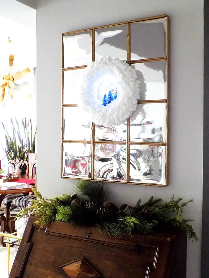 Easy diy yarn loop wreath for Christmas | Χριστουγεννιάτικο στεφάνι σαν χιονισμένο τοπίο