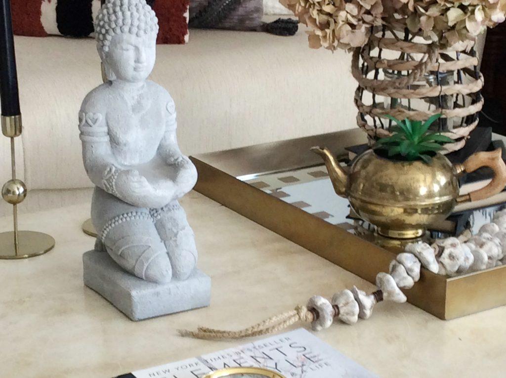 Stone Buddha statue, stone garland diy