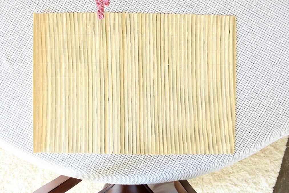 Σουπλά από bamboo για ένα Πασχαλινό ανοιξιάτικο τραπέζι