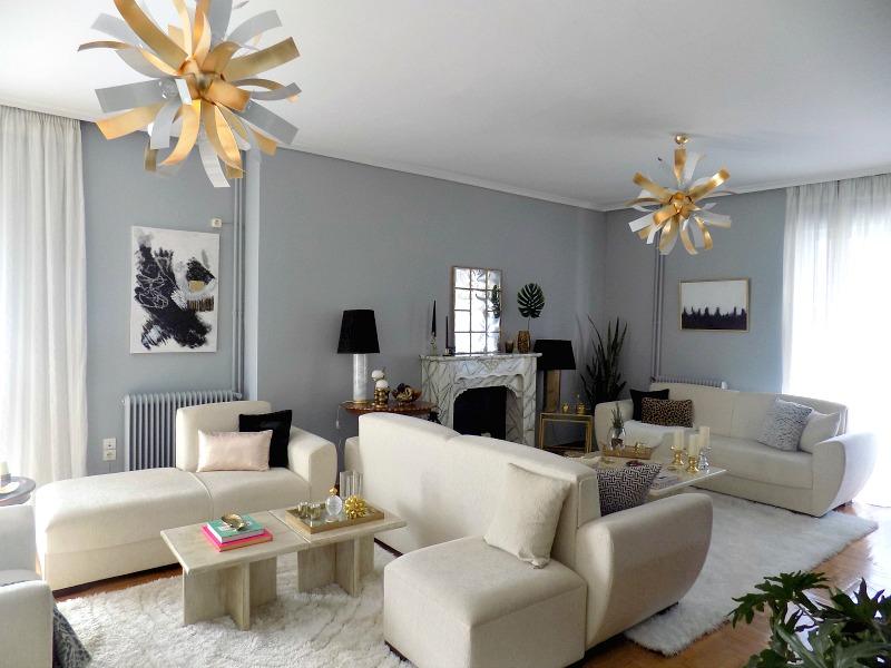 Living room, white and black details