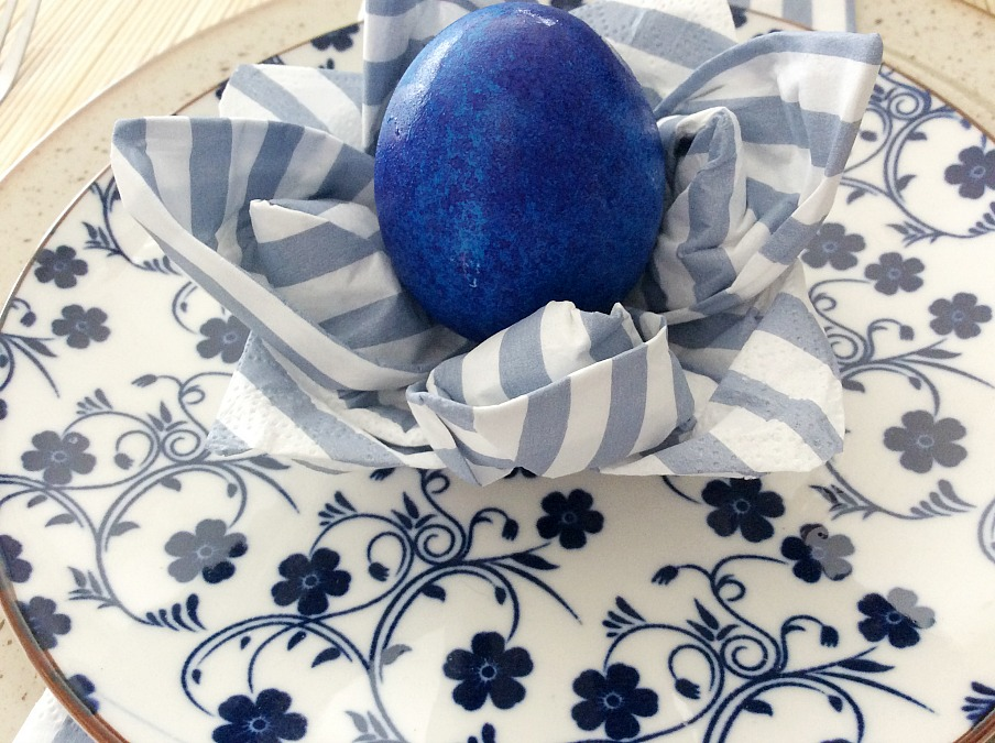 Μπλε αυγό χαρτοπετσέτα νούφαρο