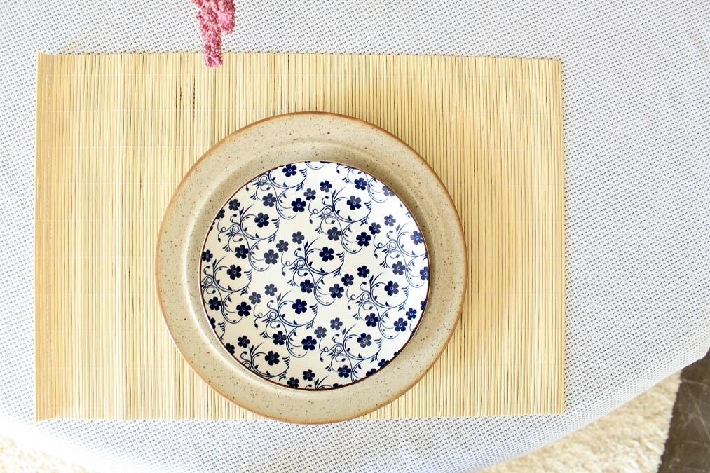 Πιάτο σαλάτας μπλε λουλούδια