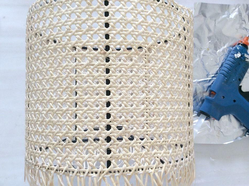 DIY επιτραπέζια λάμπα για την βεράντα, καπέλο λάμπας από βιεννέζικη ψάθα