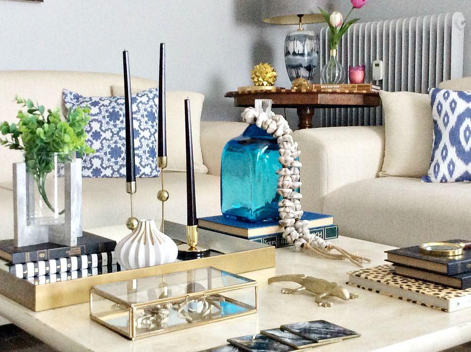 Summer coffee table decor