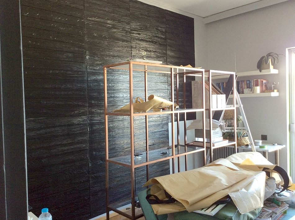 Ανακαίνιση γραφείου, μαύρα αυτοκόλλητα 3d πάνελς