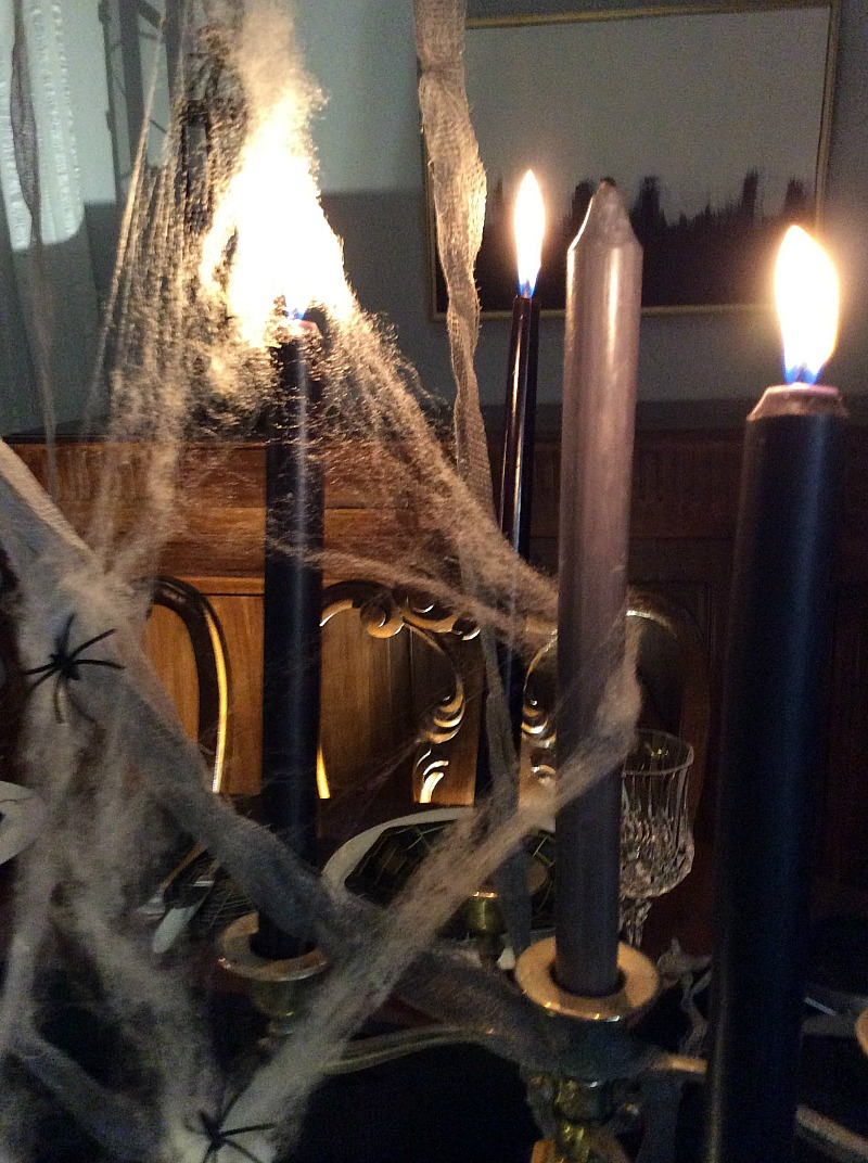 Κεριά με ιστό αράχνης