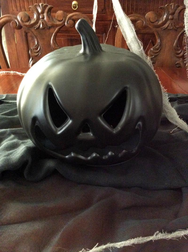 Μαύρη halloween κολοκύθα