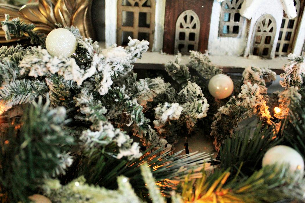 Rustic glam χριστουγεννιάτικη διακόσμηση τζακιού