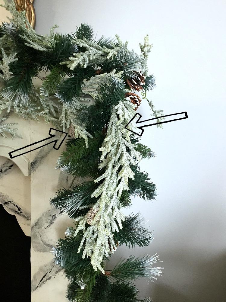 Χριστουγεννιάτικη διακόσμηση τζακιού, πως να βάλεις γιρλάντες στο τζάκι