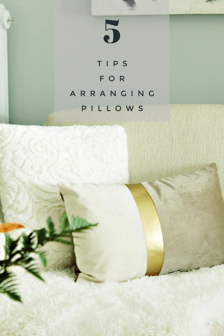Πέντε tips για να διακοσμήσεις τα μαξιλάρια σαν επαγγελματίας
