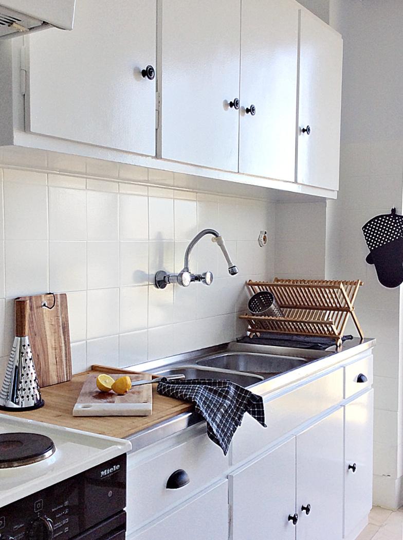 Πως να αλλάξω χρώμα στα πλακάκια της κουζίνας - How to paint your kitchen tiles