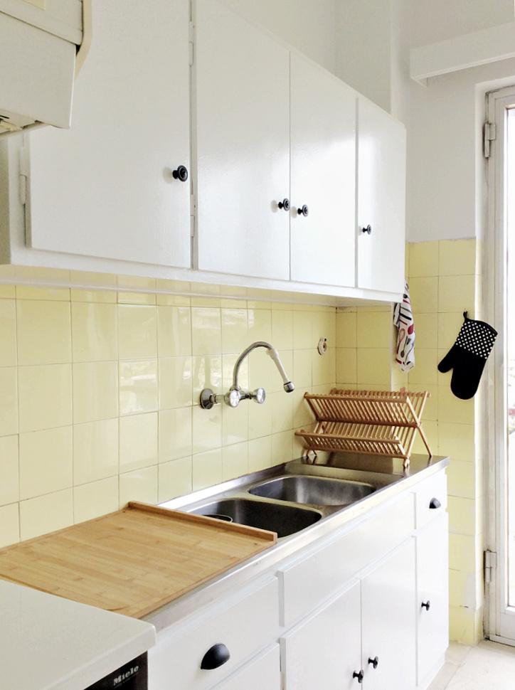 Πλακάκια κουζίνας πριν
