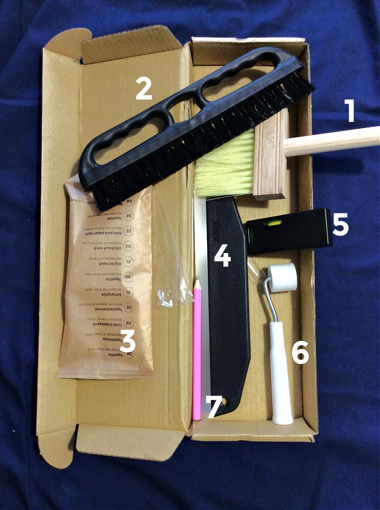 Εργαλεία για να τοποθετήσεις ταπετσαρία