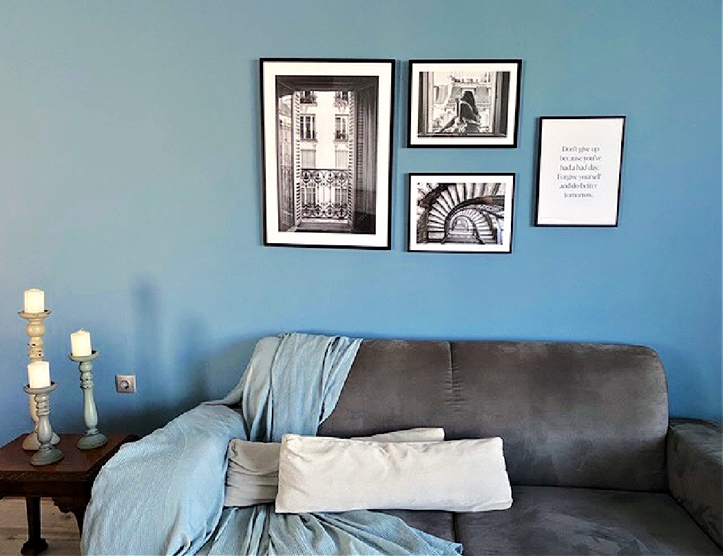 Ιδέες διακόσμησης τοίχων στο σαλόνι με κάδρα από Desenio, gallery wall