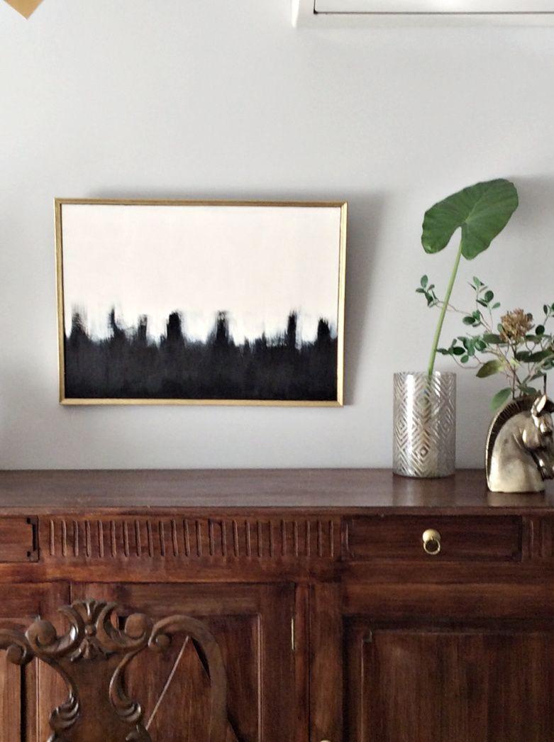 Πίνακας πάνω από μπουφέ τραπεζαρίας