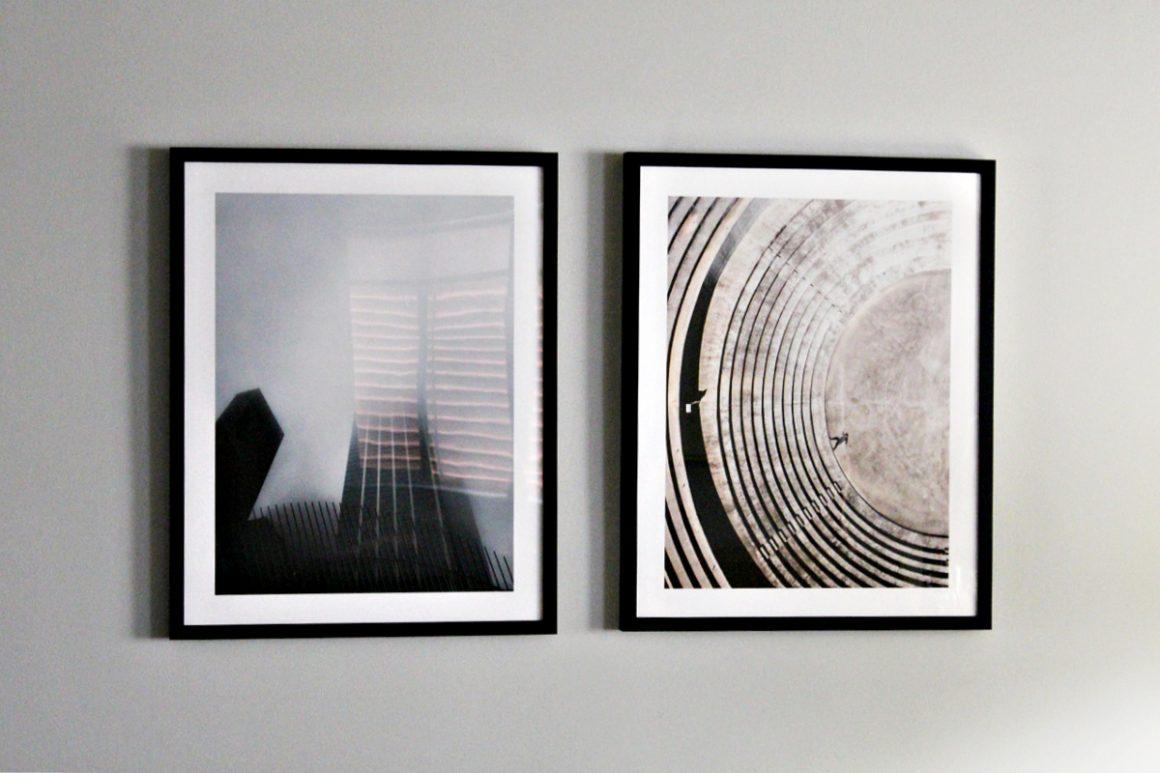Διακόσμηση τοίχων στο σαλόνι με κάδρα από Filotechno, art prints