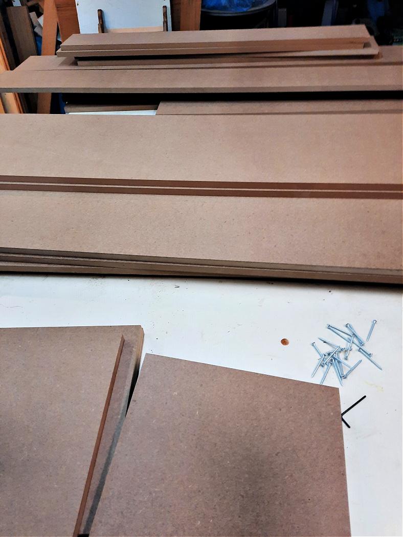 MDF κομμάτια ξύλου για κατασκευή τζακιού